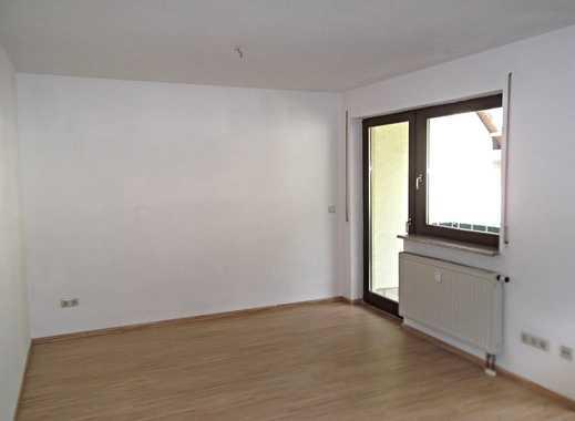 Wohnung mit Balkon, ideal für die kleine Familie