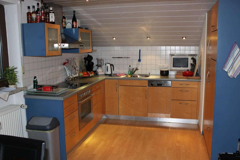 BERGLERN: moderne 2,5 Zim. DG-Wohnung in Berglern