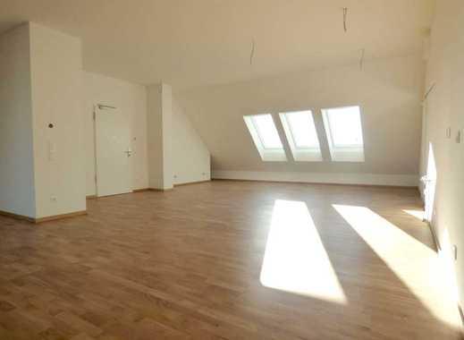 Ganz oben: 2-Zimmer-Wohnung mit viel Raum und Licht! Und Leipzigs Innenstadt schnell erreichbar!