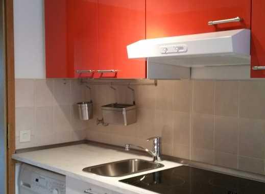 EG Wohnung mit Küchenzeile,Waschmaschine und Balkon, ruhig und zentral in Düsseldorf-Derendorf