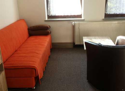 möbliertes Zimmer in 3er WG - frisch saniert!