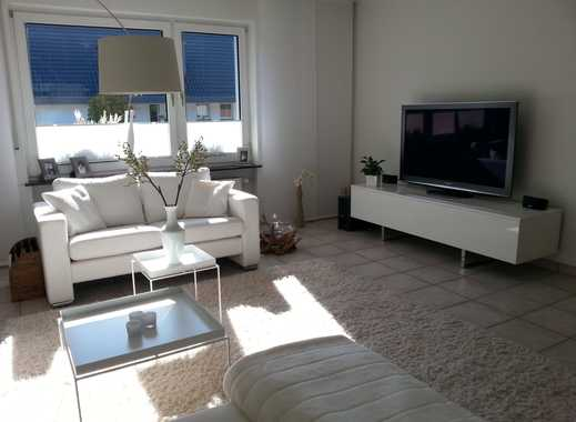 Exklusive Erdgeschosswohnung in bester Lage von Duisburg-Huckingen! 45 m² große sonnige Terrasse!