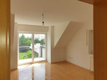 Modernisierte 3-Raum-Dachgeschosswohnung mit Balkon in Attenkirchen in Attenkirchen