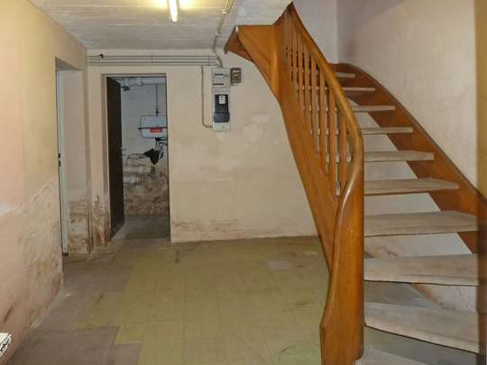 Sanierungsbedürftiges Reihenhaus in ruhiger Lage - Bild 21