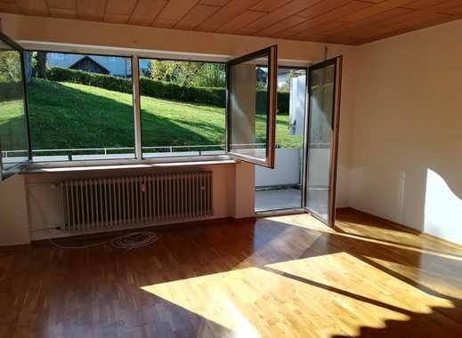 Sonnige, vollständig renovierte 3,5-Zimmer-Hochparterre-Wohnung mit EBK und Balkon