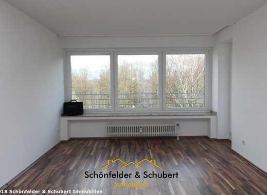 WBS erforderlich. Großzügige, gut aufgeteilte 2,5 Raum-Wohnung mit 2 Balkonen und Aufzug