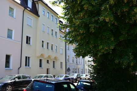 Freundliche 2,5-Zimmer-Wohnung zur Miete in Augsburg-Göggingen in Göggingen