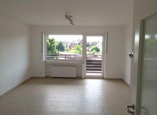 Vollständig renovierte 4-Zimmer-Wohnung mit Balkon in Mönchengladbach