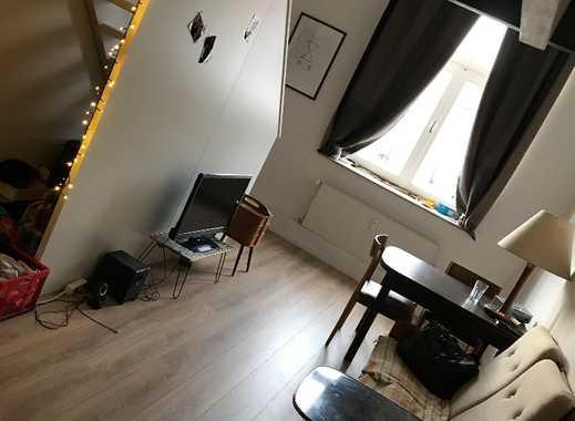 Exklusive 1-Zimmer-Maisonette-Wohnung mit Einbauküche in Bremen