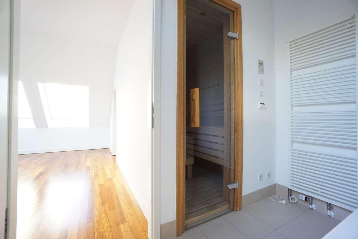 Sauna im Badezimmer 1