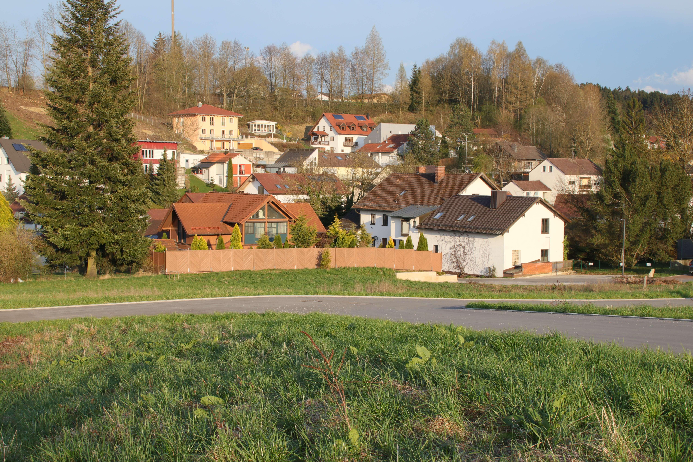 Neubau Erstbezug - Sonnige 3 Zi-Whg. im MARO-Mehrgenerationen-Wohnprojekt in Buch am Erlbach!!