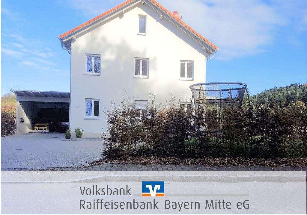 4-Zimmer-Obergeschoss-Wohnung mit toller Ausstattung und Balkon in Pfaffenhofen an der Ilm
