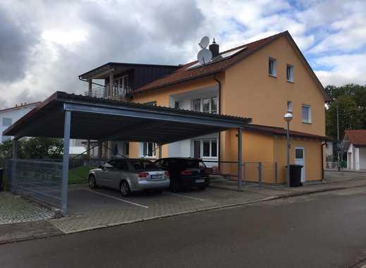 (TOP LAGE) Neuwertige, große 4 Zm.-Wohnung mit großem Balkon (Südseite) & Carport