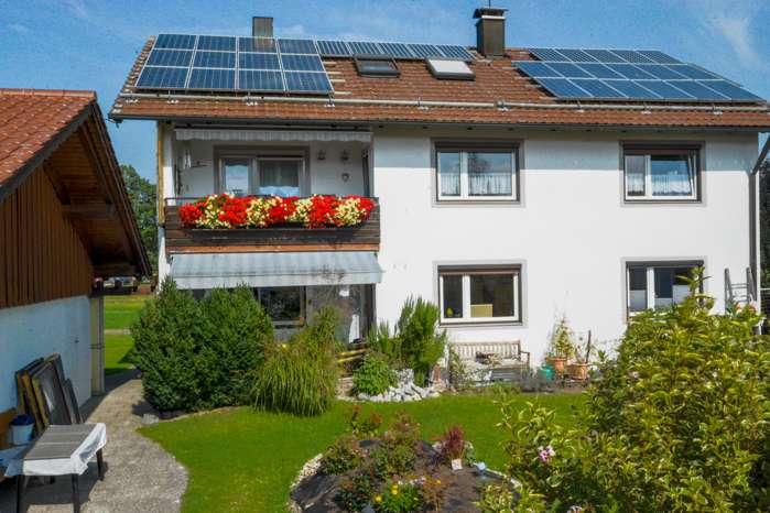 Charmante 3- Zimmerwohnung in Ortsrandlage von Sindelsdorf in
