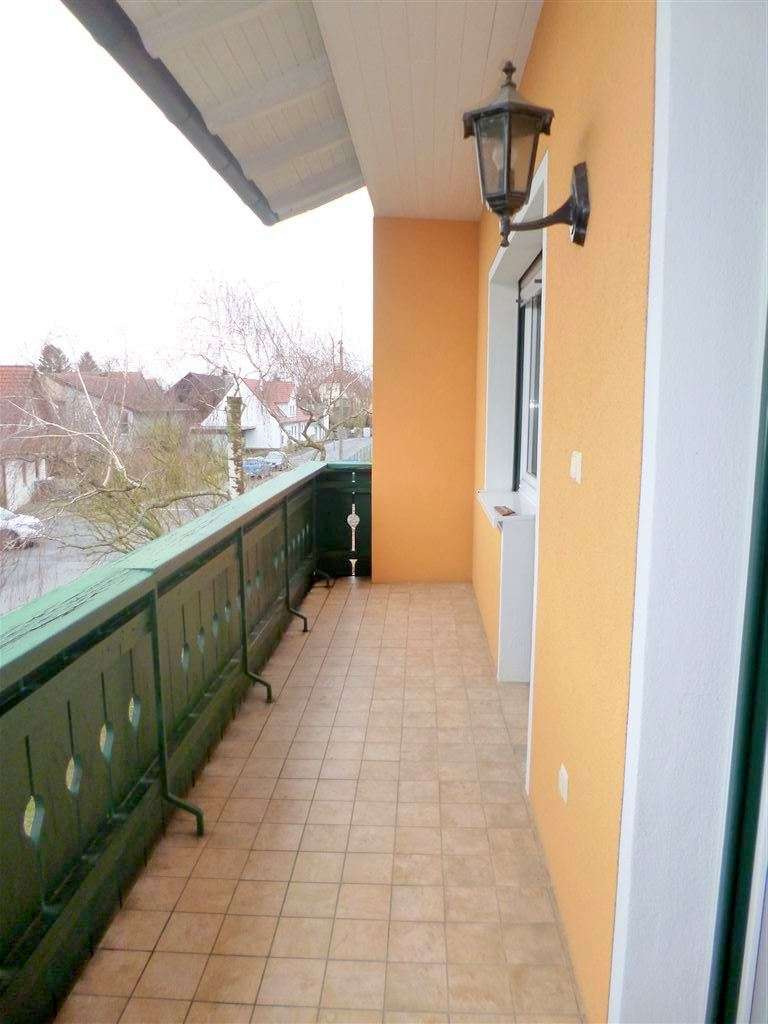 15 Min. bis Würzburg! Wohlfühlen in heller 4Z Wohnung mit Balkon, Garten und schicker neuer EBK