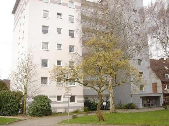 hwg comfort - Seniorengerechte 2-Zimmer Wohnung mit Dusche, Balkon und Aufzug in der Südstadt!