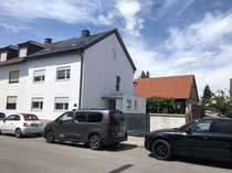 Großes Einfamilienhaus mit Scheune und