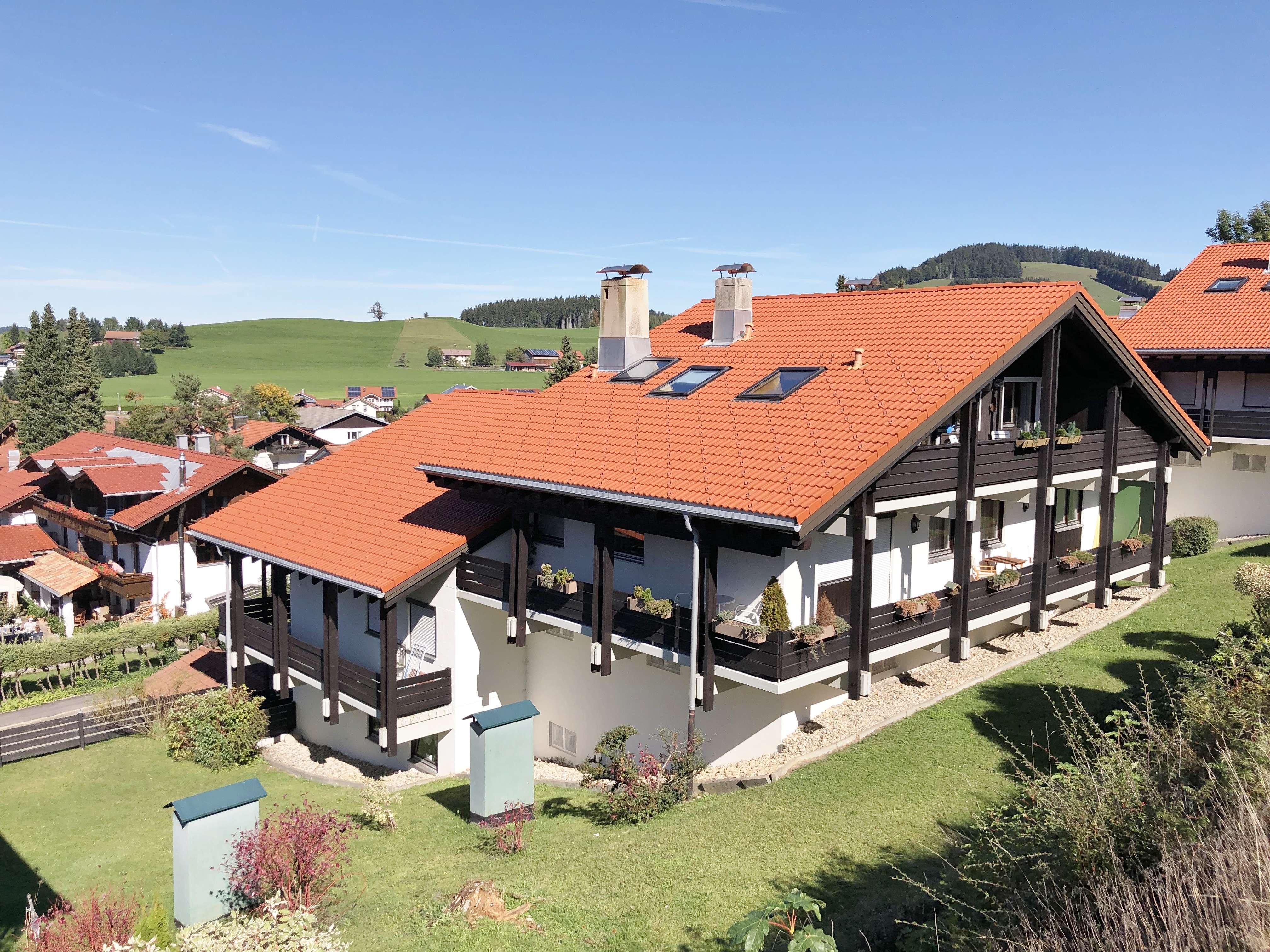 Am Staufenhang -  Grosszügige 2 - Zi.- Wohnung inkl TG - Stellplätzen in Oberstaufen in Oberstaufen