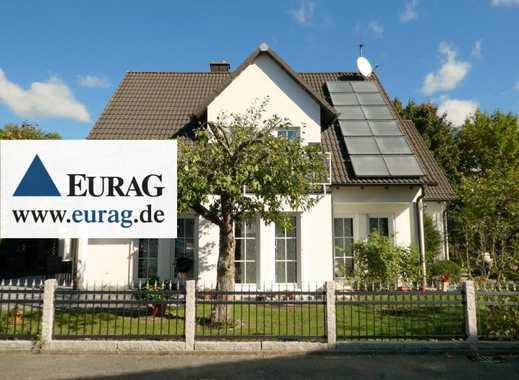 N-Pillenreuth:Wunderschönes Einfamilienhaus mit 5 Zi., Sauna und Indoor-Pool, Obstgarten, 2 Garagen