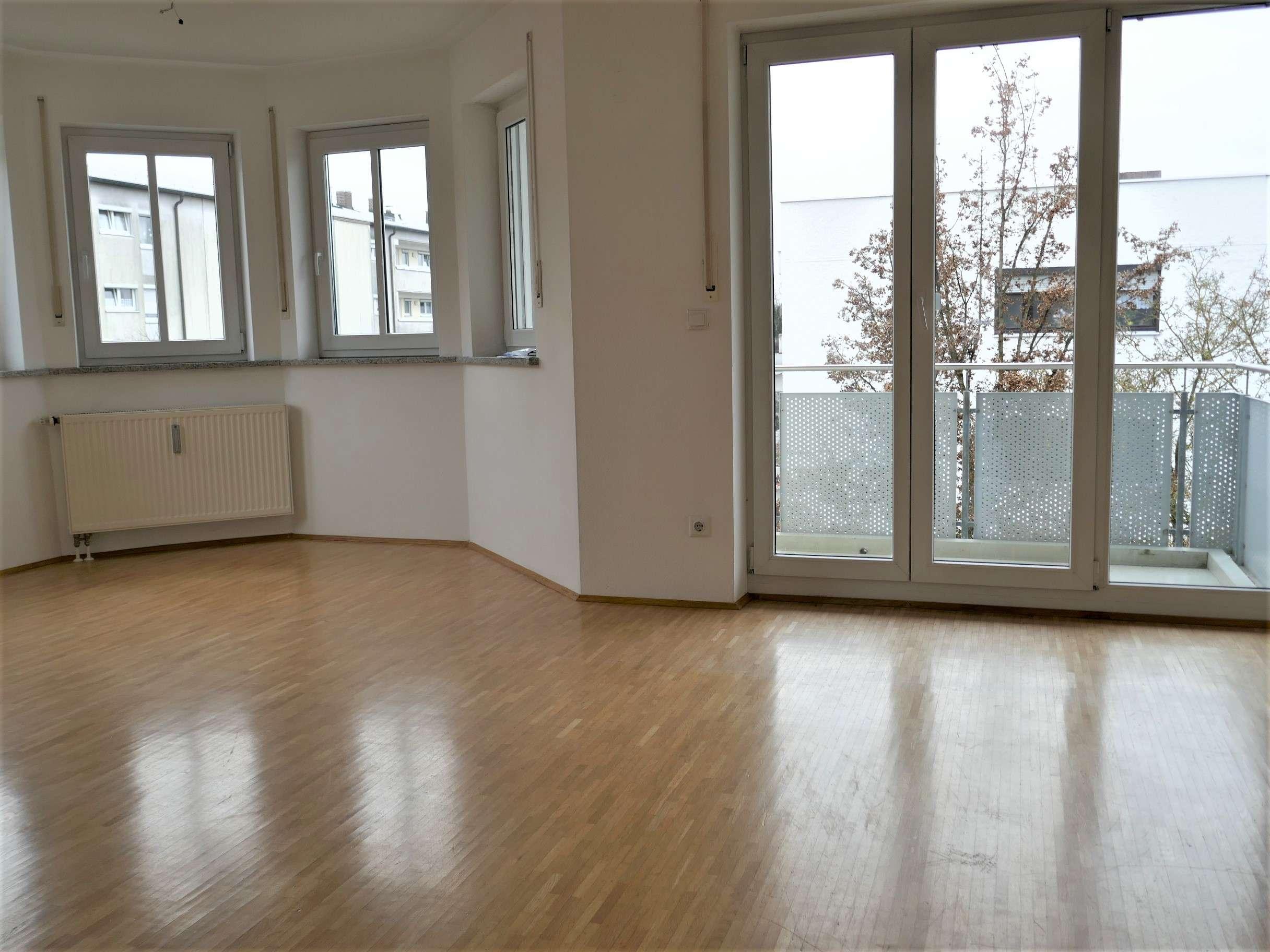 3 Zi. + Hobbyraum (ideal für Home-Office + Fitness) + 2 Balkone in