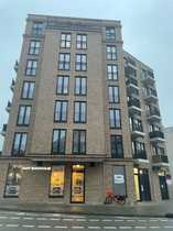 Exklusive geräumige und neuwertige 1-Zimmer-Wohnung
