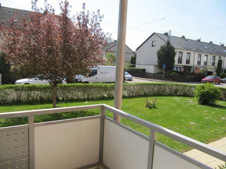 Ruhige 3-Zi.-Wohnung mit EBK in Hochzoll - 10 Min zum Bahnhof in Hochzoll (Augsburg)