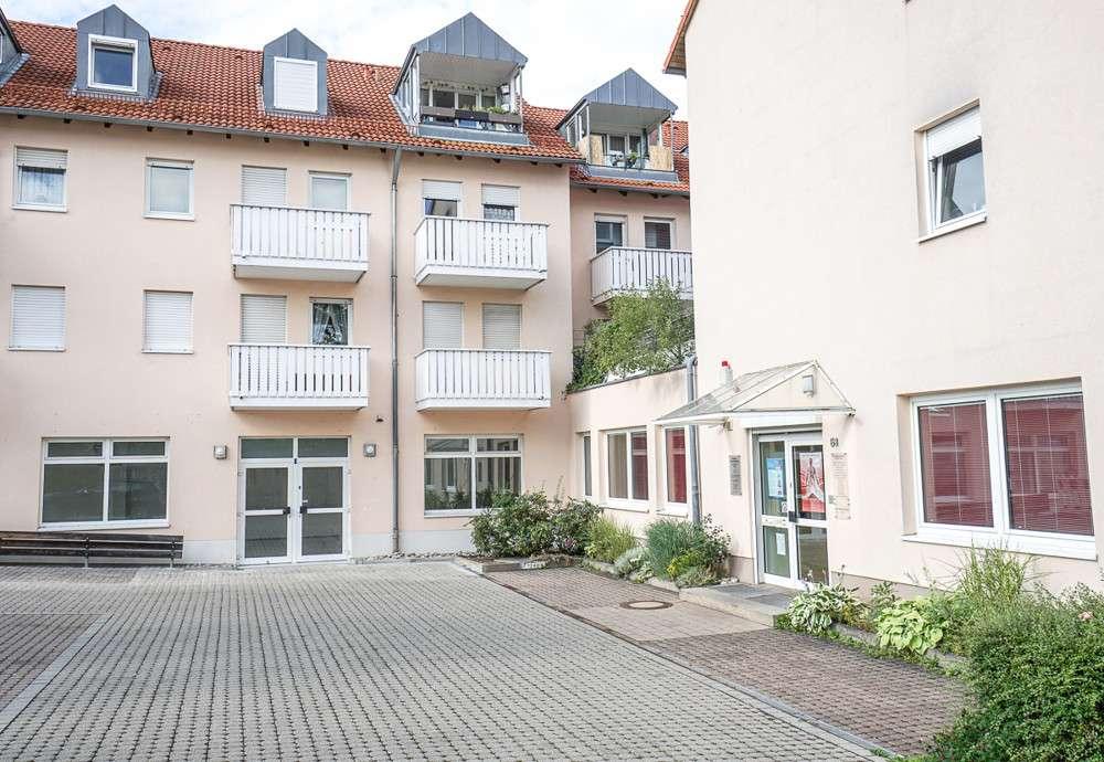 Helle 2-Zi. Whg. mit Südbalkon in zentrumsnaher Lage in Schwabach in