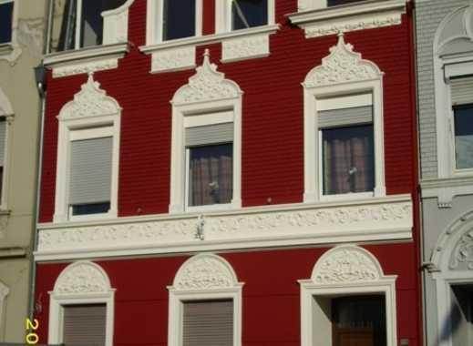 Apartment mit Terrasse und Gartennutzung. Offene Besichtigung jeden Dienstag von 16:00 - 16:30 Uhr.