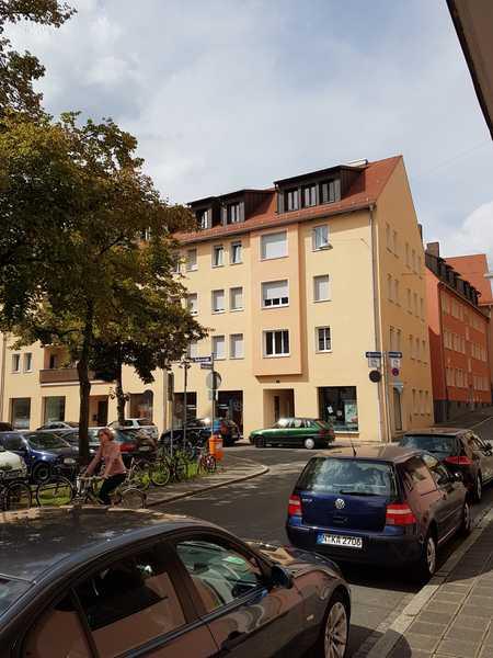 Gepflegte 2-Zimmer-Dachgeschosswohnung mitten in Nürnberg in Altstadt, St. Sebald (Nürnberg)