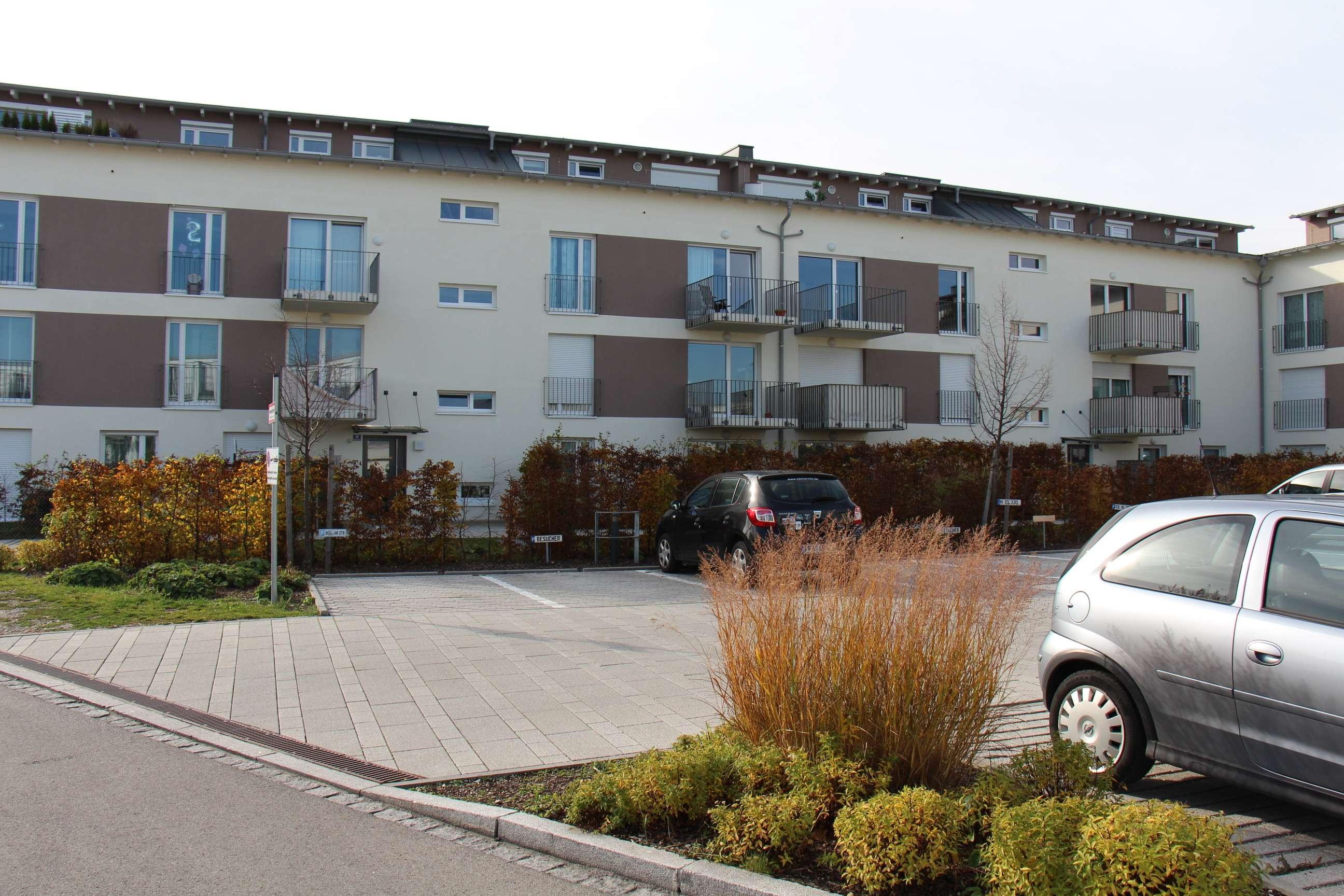 Schöne neuwertige drei Zimmer Wohnung in Olching in Olching