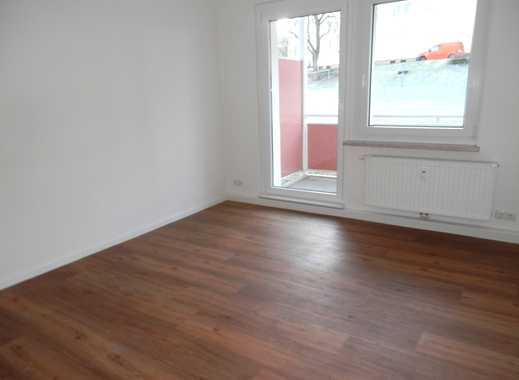 Kurzfristig beziehbar! 2 Zimmer Wohnung mit Balkon zu vermieten!