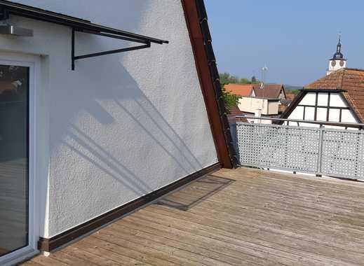 Moderne Dachterrassen-Wohnung im Zentrum von Neustadt