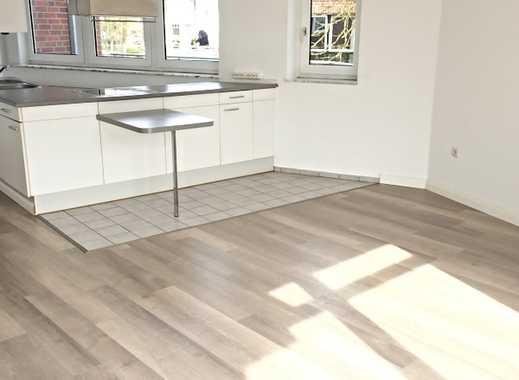 Sonnige Wohnung mit E-Küche + 2 schönen Balkonen -  Ortsmitte
