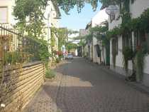 Bad Kreuznach/Guldental, helle, schöne 3 ZKB mit InnenhofnutzungStellplatz in kleiner Wohneinheit