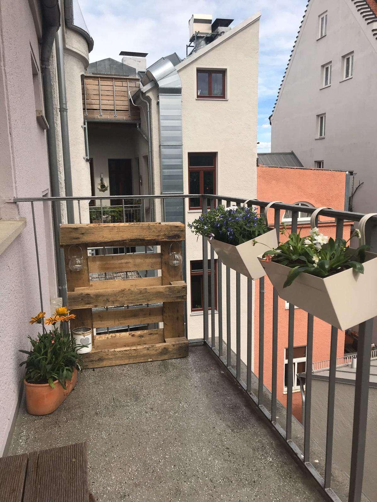 Wunderschöne 3-Zimmerwohnung mit Balkon und EBK in Augsburg in Augsburg-Innenstadt