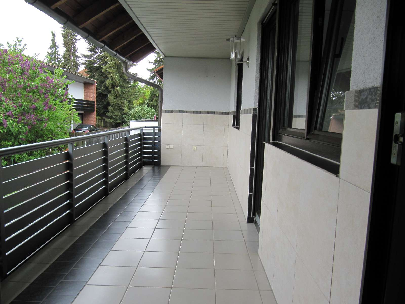 Fürth-Vach ! Gepflegte große 3 1/2 ZW, ca. 114 qm, großer Balkon, Fußbodenheizung, ruhige Lage in