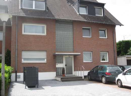 Helle, großzügige 3-Zimmer-DG-Wohnung mit Loggia und geringen Dachschrägen in Pulheim-Geyen