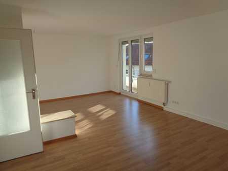 Ab sofort - Gut geschnittene 4-Zimmerwohnung mit zwei Balkonen in Nordwest