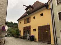 Neuwertige 3-Zimmer-Maisonette-Wohnung mit Balkon und