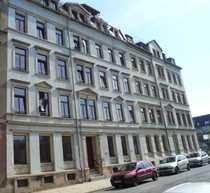 Helle Erdgeschoss-Wohnung sucht Mieter