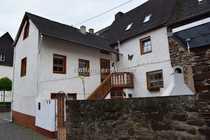 Schönes Haus mit Innenhof und