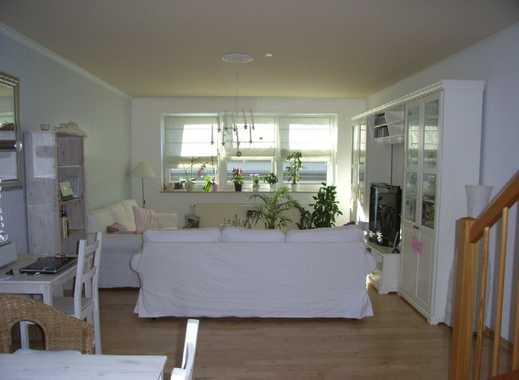 Gepflegte 3-Zimmer-Wohnung mit Balkon und Einbauküche in Wedel