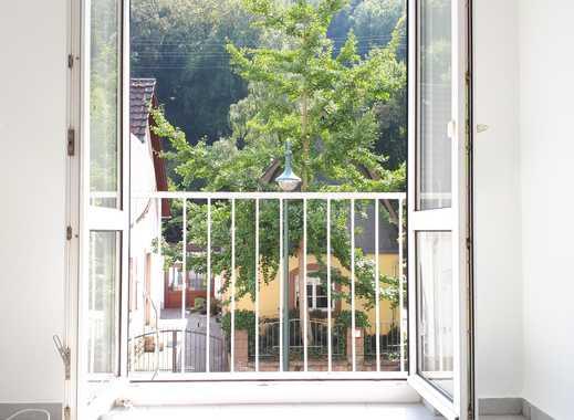 Helle-Freude: 1,5-Zimmer-Wohnung mit französischem Balkon