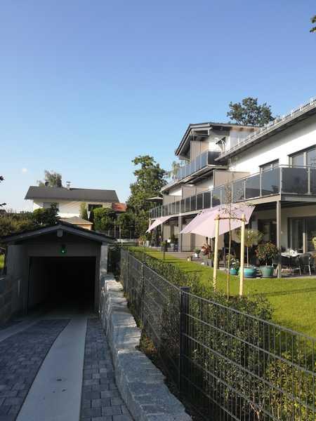 KfW 40+ Haus: 5 Zimmer-OG/DG-Wohnung mit großem Balkon in Bruckmühl in Bruckmühl