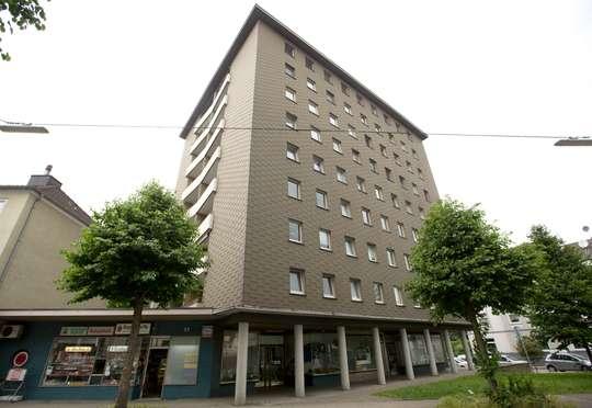 hwg - Zentral gelegene 3-Zimmer Wohnung mit Dusche, Balkon und Aufzug!