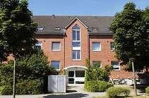 Gut wohnen zum fairen Preis! Schön geschnittene Wohnung mit Balkon für die kleine Familie