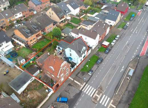 Grundstück mit zwei Bestandsgebäuden