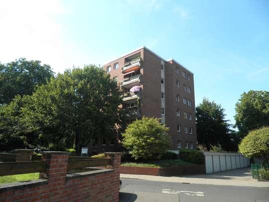 Großzügige 4-Zimmer Wohnung mit Balkon in Anderten, Pumpstr. 1
