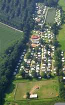 Bild Campingplatz am Rande eines Landschaftsschutzgebietes mit Wohnhaus, Badesee, Angelsee und Ponywiese