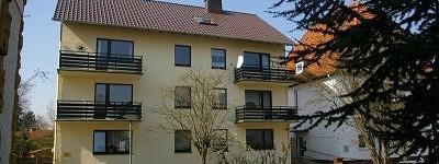 Über den Dächern von Bad Oeynhausen. Schicke 2 Zimmer Dachgeschosswohnung, Nähe Kurpark